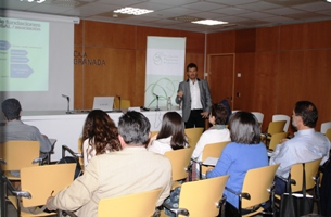 """El taller """"Redes sociales para fundaciones y asociaciones"""" se celebró ayer en Granada"""