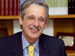 El Presidente de la AFA ingresa en la Academia de Ciencias Sociales y Medio Ambiente de Andalucía