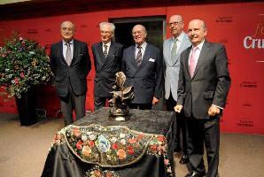 La Fundación Cruzcampo entrega el premio Ganadería Estrella a la divisa Núñez del Cuvillo