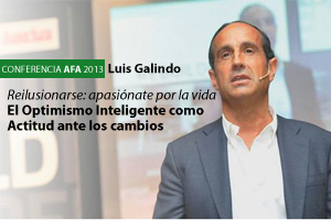Aforo completo para la conferencia de Luis Galindo