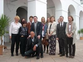 Hannibal Laguna ofrece su experiencia a los alumnos de la Cátedra Elio Berhanyer en Córdoba
