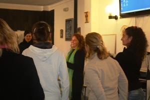 Fundación Grupo Azvi imparte un taller en el Centro Penitenciario de Mujeres de Alcalá de Guadaíra
