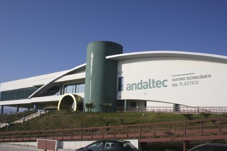 Andaltec adquiere un laboratorio láser para desarrollar innovadores texturizados superficiales de polímeros y metal