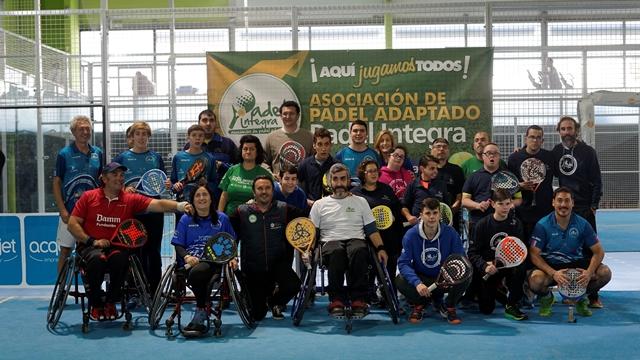 """La Asociación Pádel Integra celebró su I Torneo de pádel solidario""""Aquí Jugamos Todos"""""""