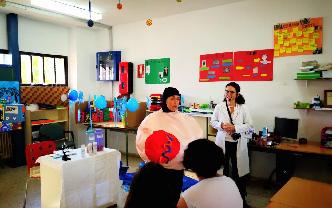 Más de 800 alumnos participan en los talleres infantiles de investigación biomédica