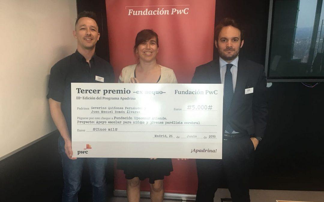Upacesur recibe 5.000€ del programa Apadrina de PwC para la rehabilitación de menores con parálisis cerebral