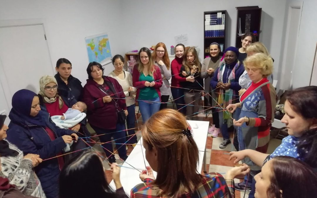 """El proyecto de Prodean """"Encontrándonos"""" implica a más de una veintena de mujeres en riesgo de exclusión social"""