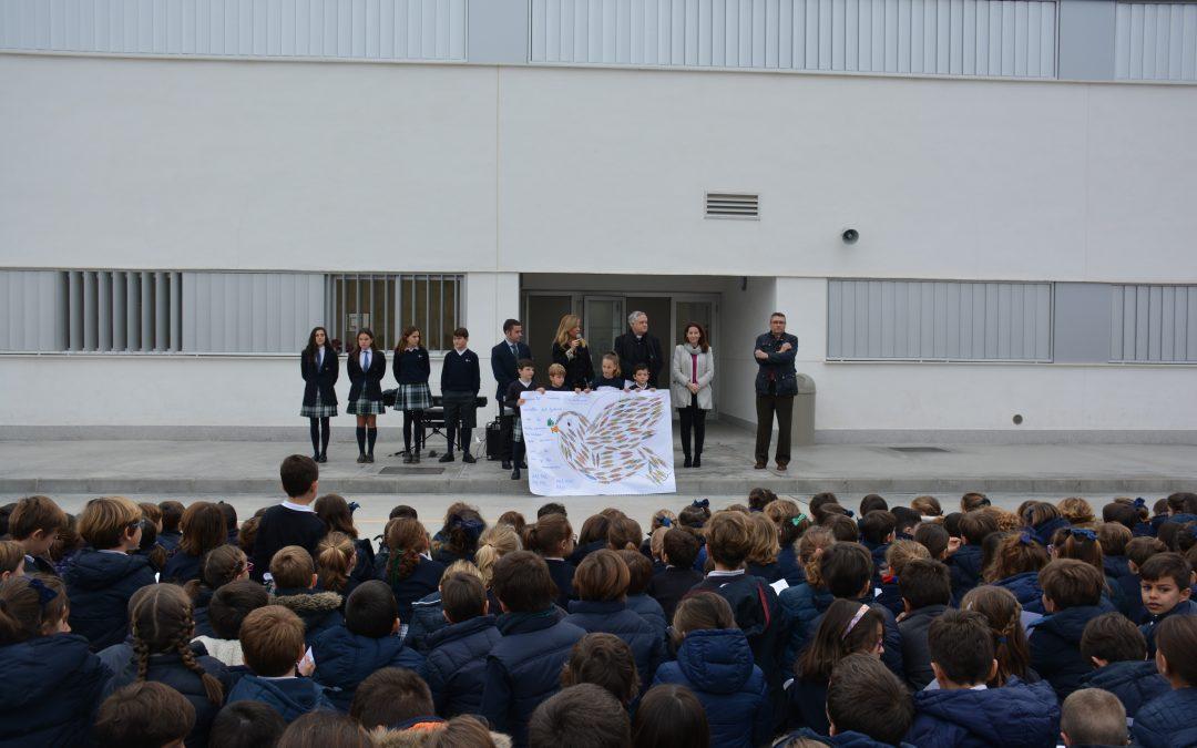 Los alumnos del Colegio CEU San Pablo Sevilla conmemoran el Día de la Paz