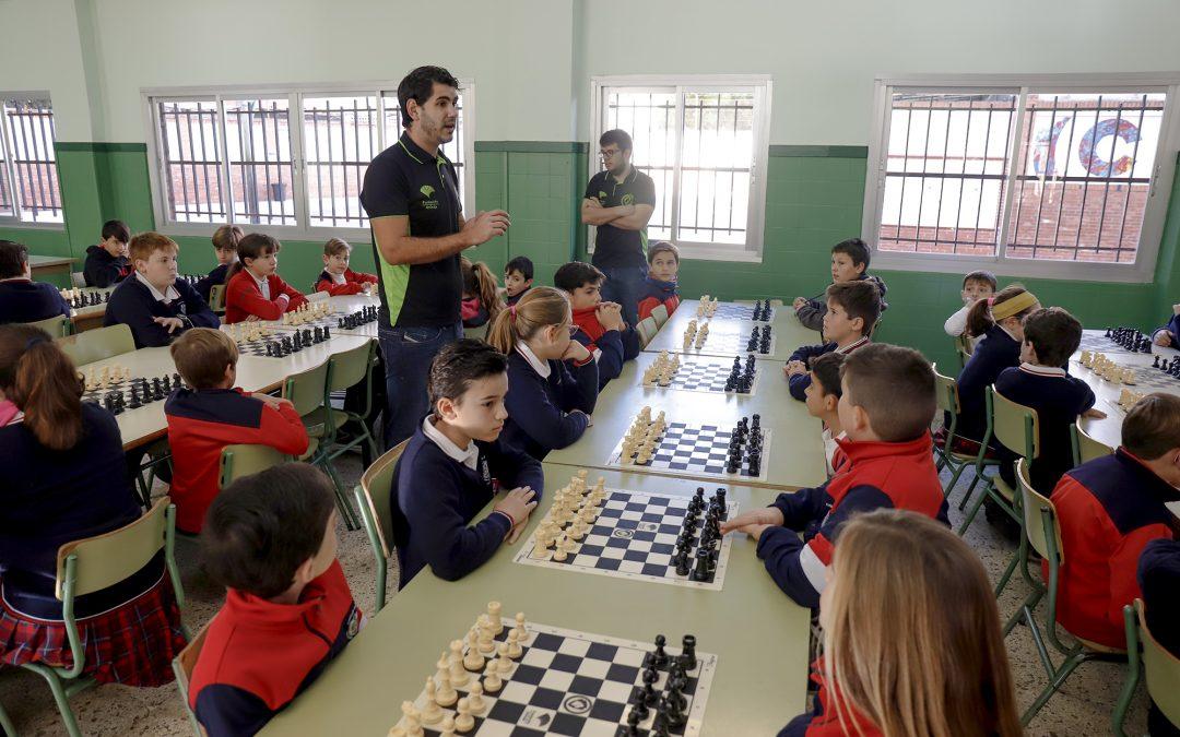Más de medio centenar de colegios de la provincia participan en la II Liga de Ajedrez Fundación Unicaja