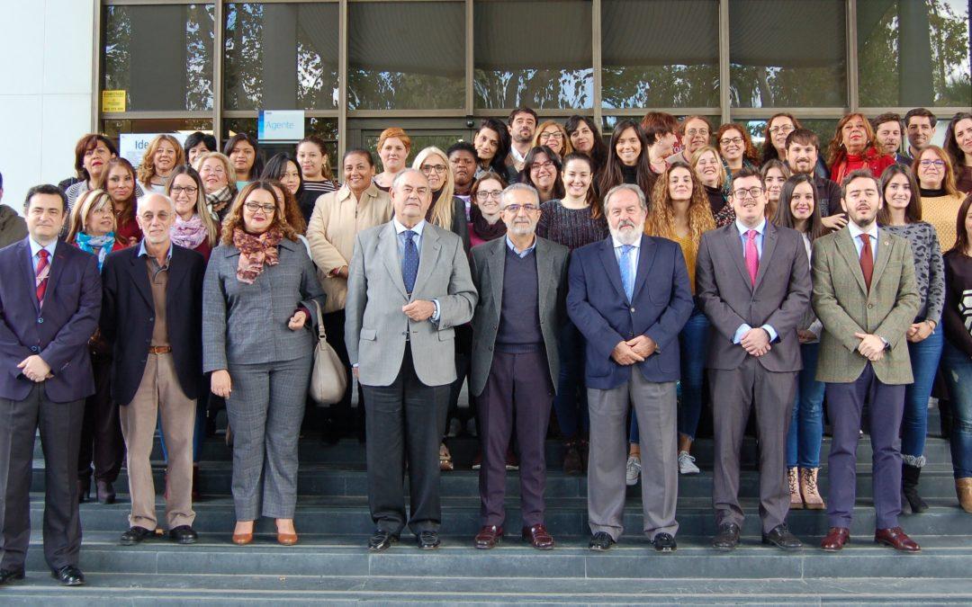Más de cien personas encuentran empleo gracias al programa Fundomar «Sevilla Integra»