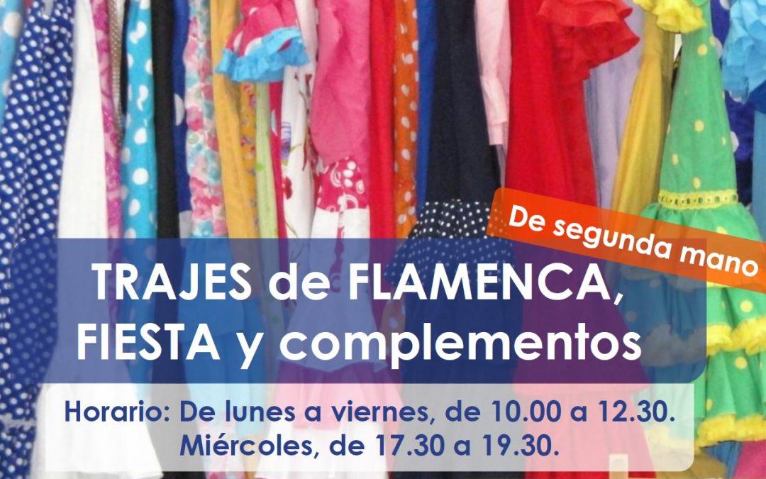 Madre Coraje abre hasta finales de mayo una exposición de segunda mano de trajes de flamenca y de fiesta
