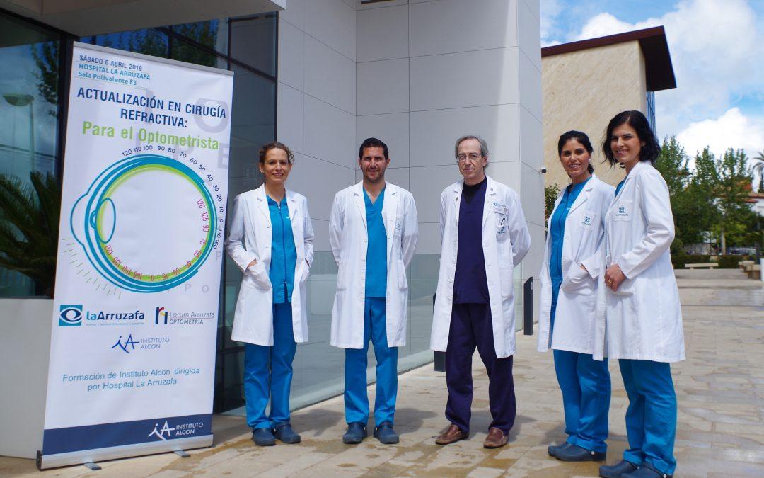 Ópticos andaluces se dan cita en el congreso Forum Arruzafa Optometría dedicado a la cirugía refractiva