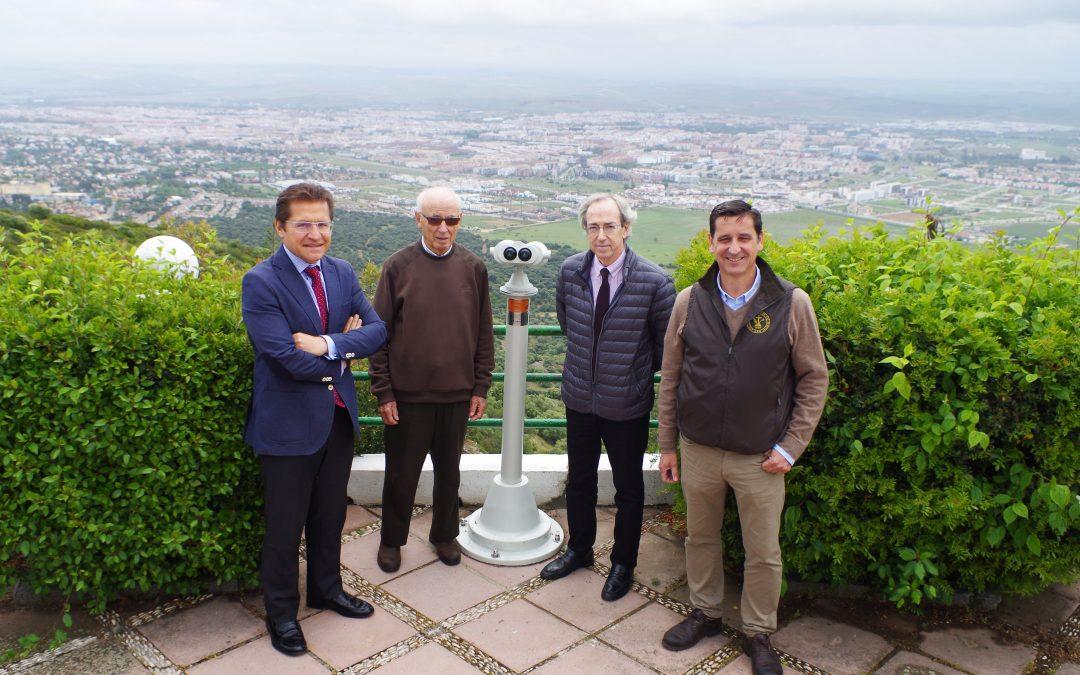 Hopital La Arruzafa dona un telescopio para las Ermitas de Córdoba
