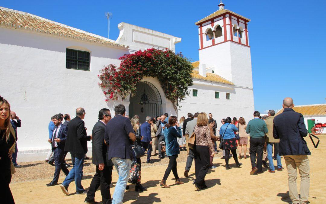 El Marco de Jerez y Sevilla presentan en la Hacienda Guzmán su oferta conjunta de turismo enogastronómico bajo la marca 'Spain Through its Wineries'