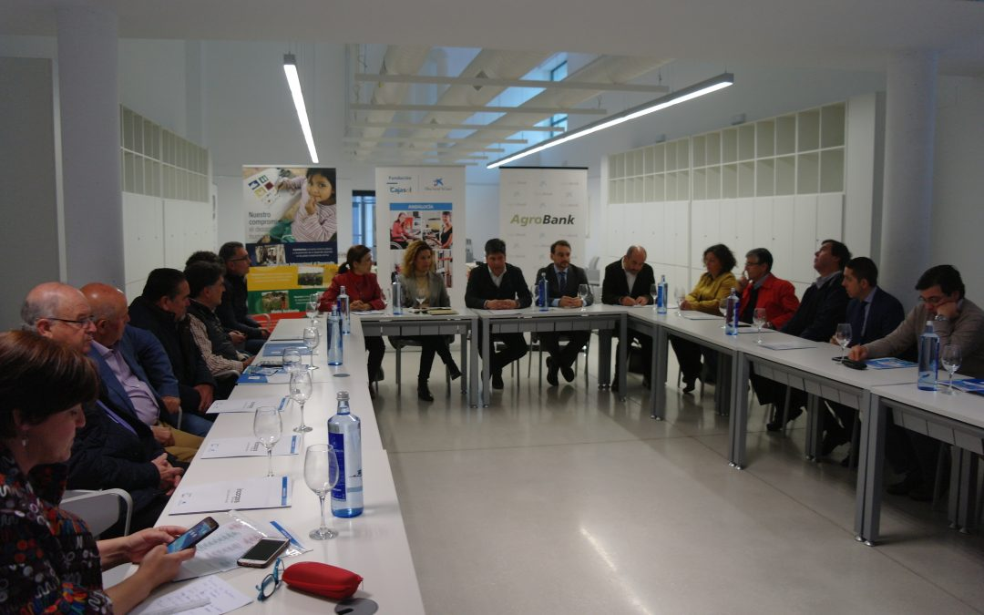 """Primer encuentro empresarial del Programa Incorpora de """"la Caixa"""" y Fundación Cajasol con empresas Agroalimentarias"""