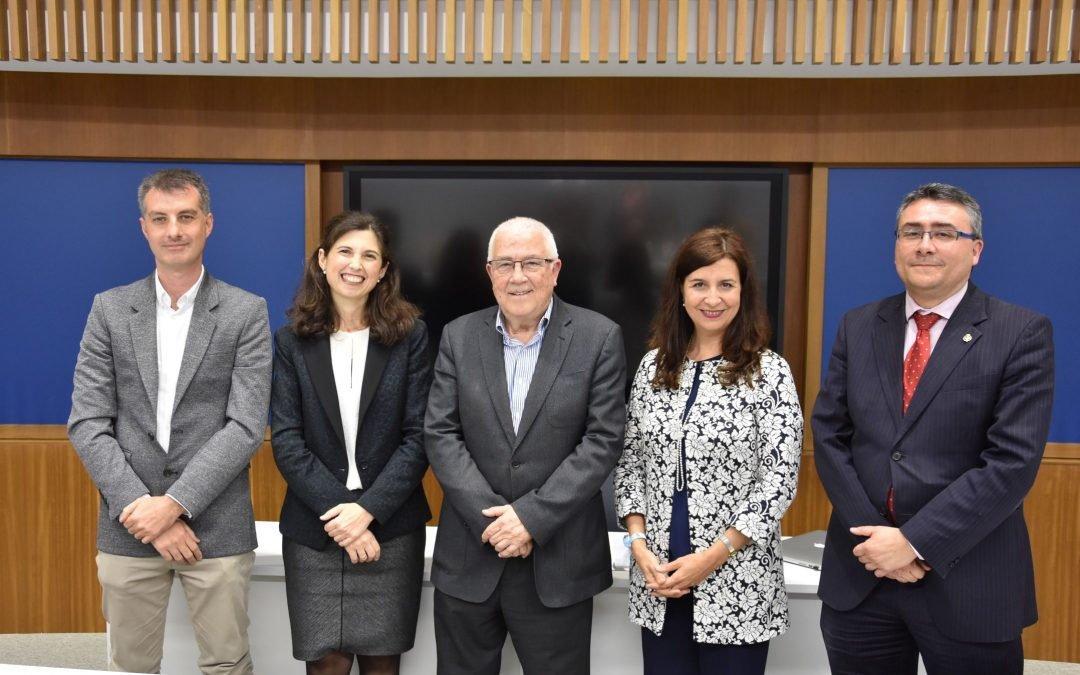 Abel Moreno clausura el I Ciclo de Conferencias sobre Música Procesional en CEU Andalucía