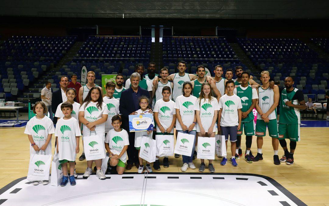 Fundación Unicaja presenta sus Campus de verano con un entrenamiento de puertas abiertas del Unicaja Baloncesto