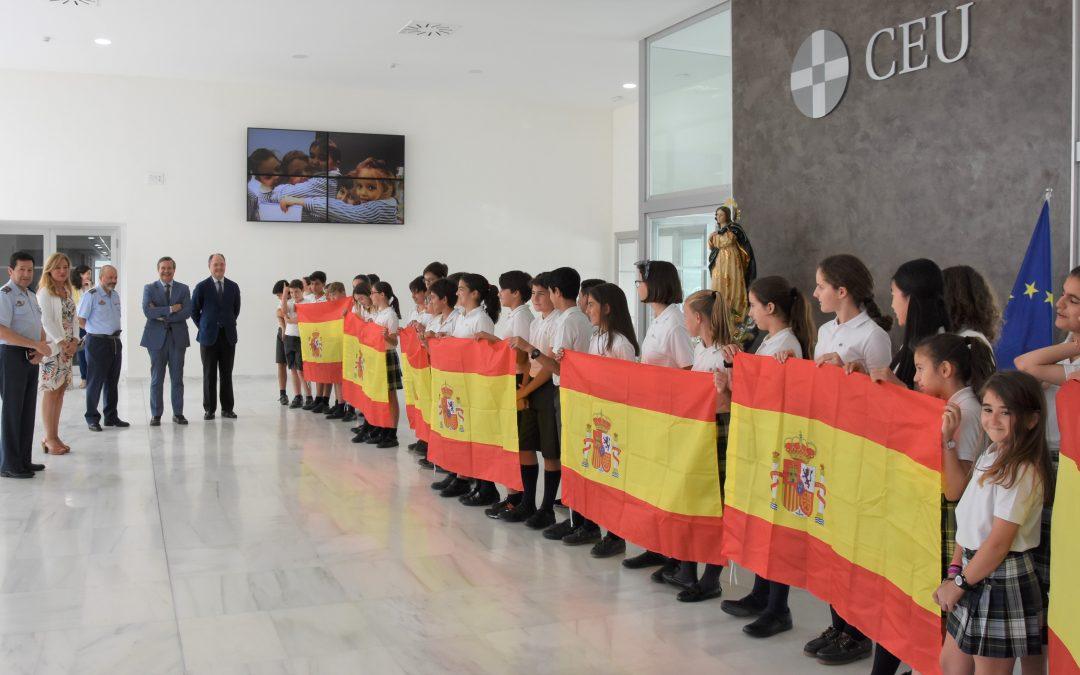 El General Enrique Biosca, Director de Enseñanza del Ejército del Aire, visita el Campus CEU Andalucía