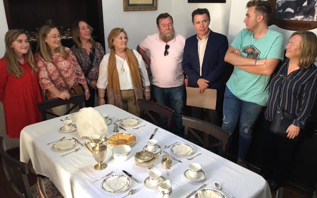 """Fundación Río Tinto da el nombre de Isabel Naylor a una sala de la """"Casa 21"""" del barrio de Bella Vista"""