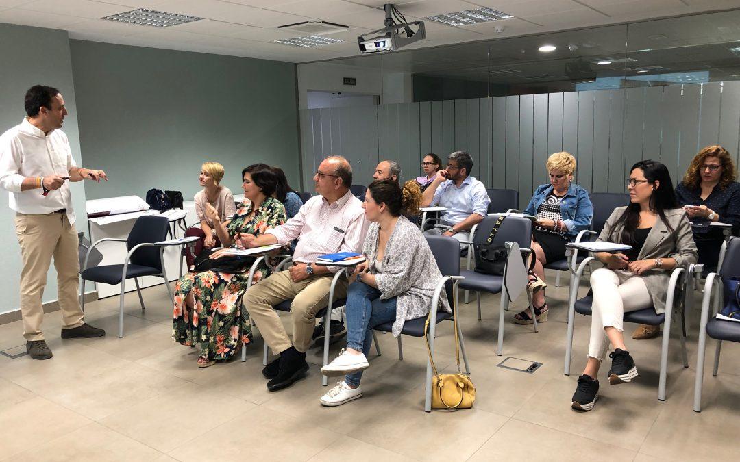 Éxito en Sevilla del curso sobre cómo gestionar una ONG
