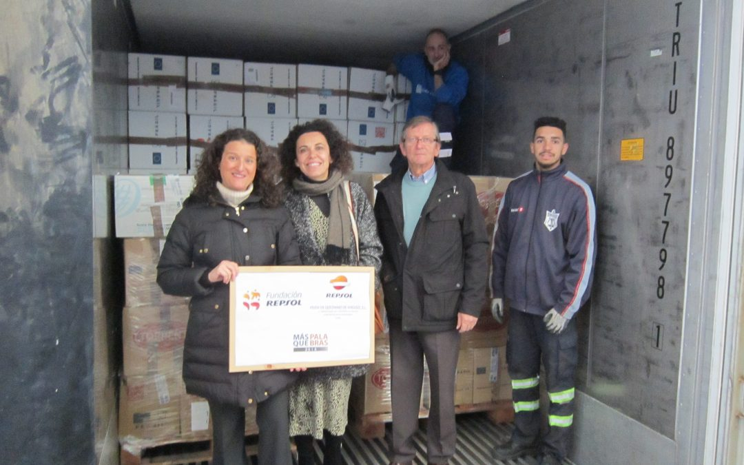 Madre Coraje apoya con 90.000 kilos de material humanitario a comunidades empobrecidas de Perú, como colegios y albergues de niñas y niños, con el respaldo de Fundación Repsol