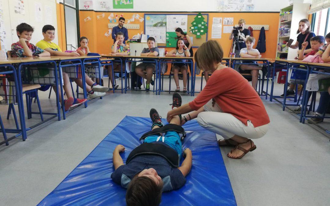 'Niños Cuidadores', el taller donde escolares desarrollan la empatía y la solidaridad con las personas enfermas y dependientes