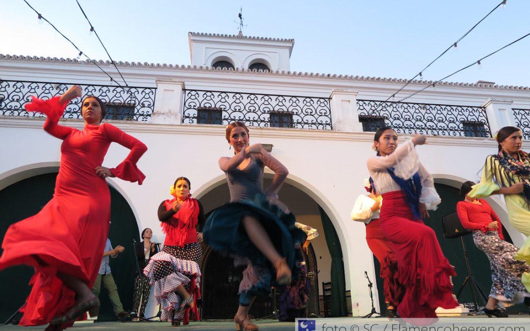 Una nueva promoción internacional de artistas flamencos de la Fundación Cristina Heeren se graduó en Flamenco en el Alamillo 2019