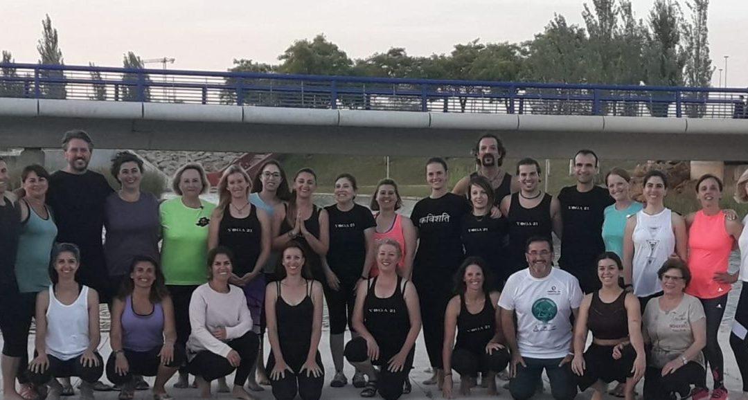 Yoga solidario con el 'Programa Ángeles' de la Fundación Ideas
