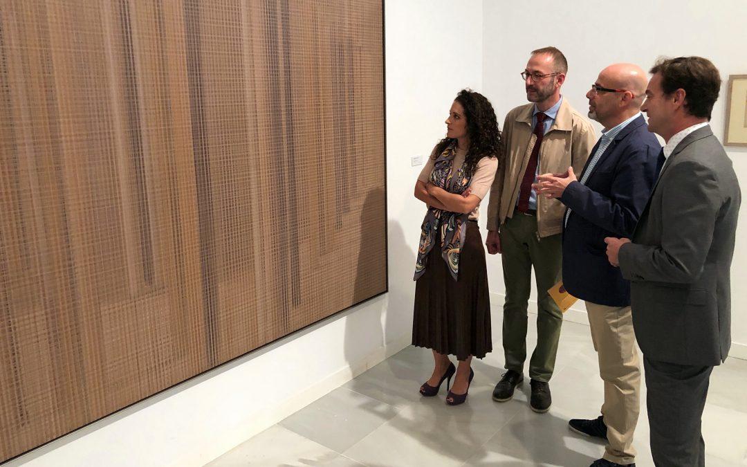 El Centro Cultural CajaGranada acoge la exposición 'La vanidad de su belleza', en colaboración con Cajasol