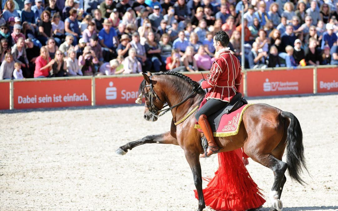 Las actuaciones de Córdoba ecuestre en Alemania logran entusiasmar a más de 27.000 espectadores.