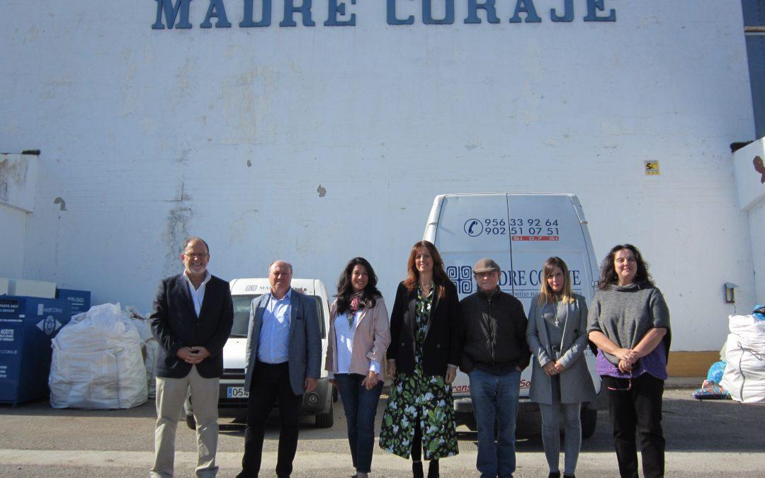 Madre Coraje recibe la visita de la Consejería de Igualdad, Políticas Sociales y Conciliación de la Junta de Andalucía