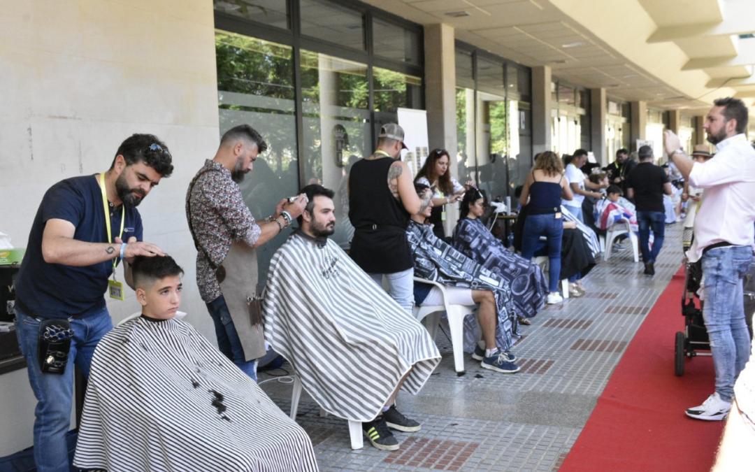 Los peluqueros recaudan 1.800 euros para el Programa Ángeles