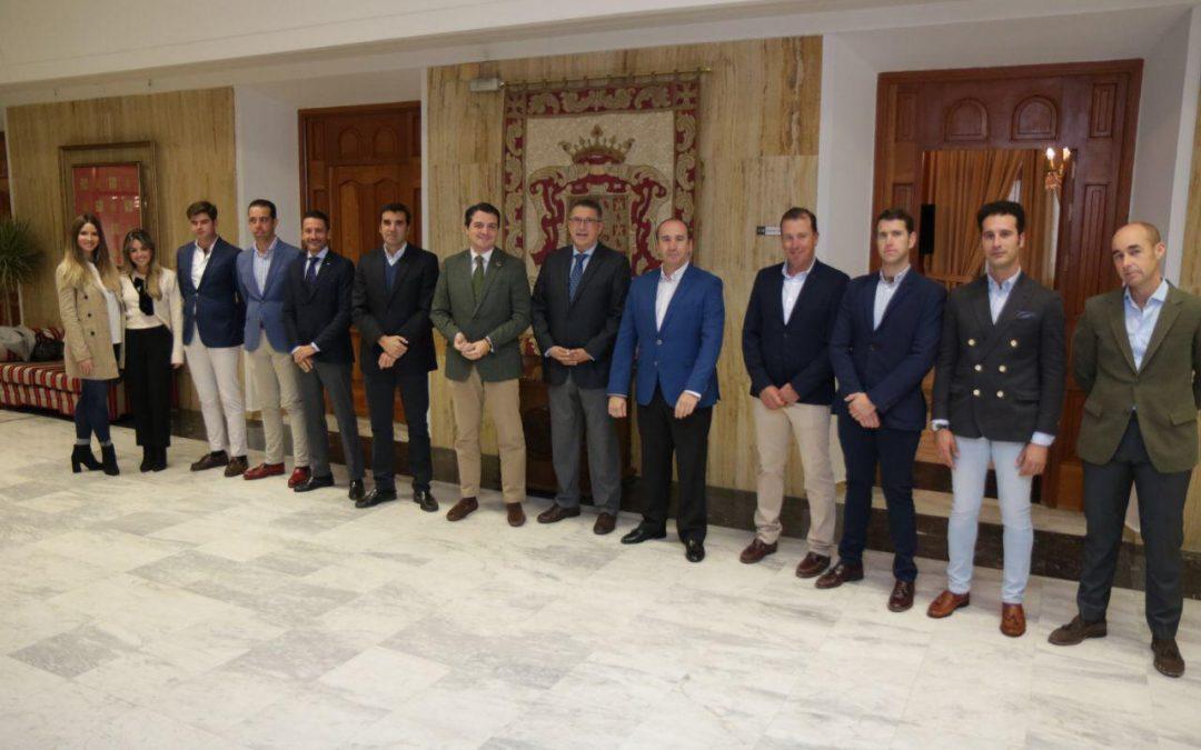 El alcalde de Córdoba recibe a la Asociación Córdoba Ecuestre