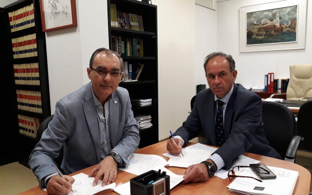 Firma de convenio entre la Diputación de Sevilla y Fundación TAS