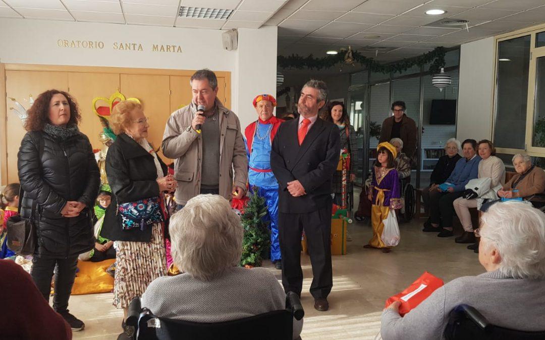 Unas Navidades muy especiales para los mayores de la Fundación Doña María