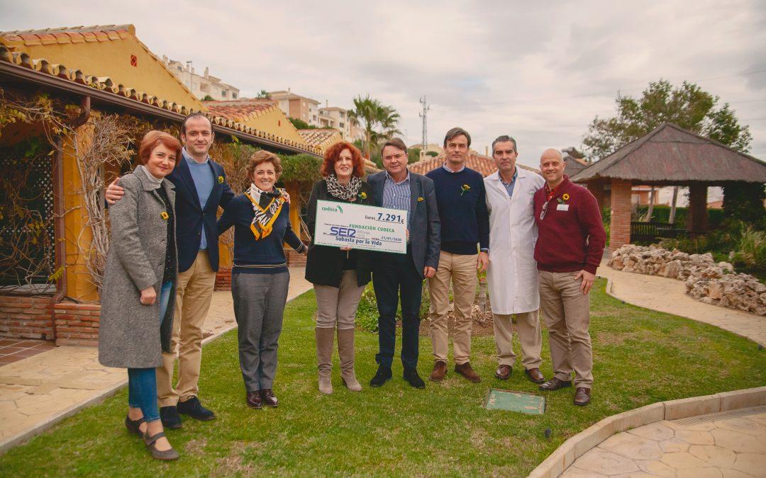 La Cadena SER visita la Fundación Cudeca y entrega los fondos recaudados en la Subasta por la Vida