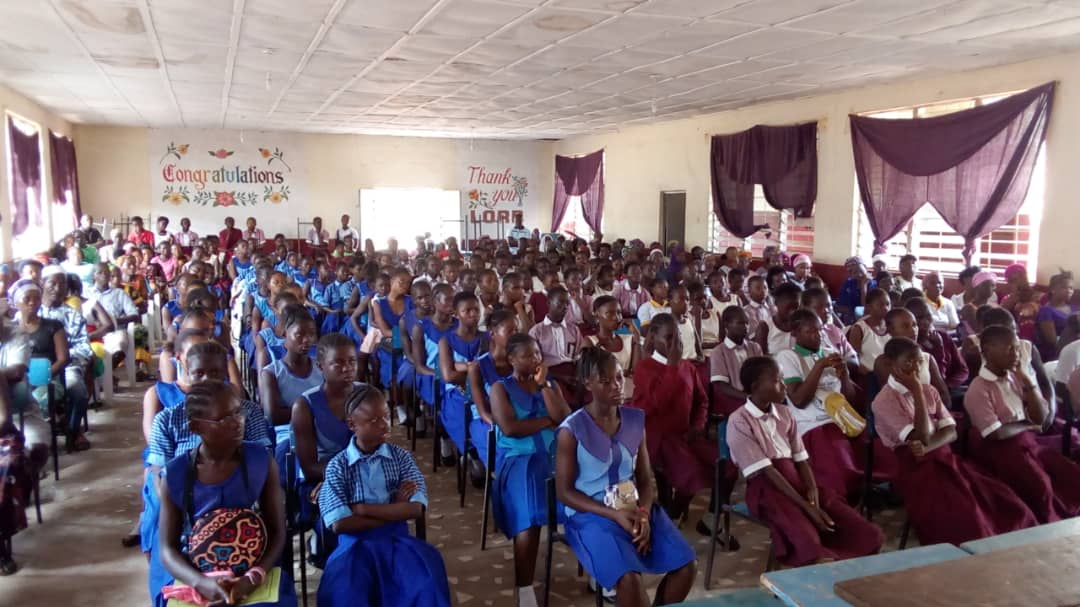La ONGD Pequeña Nowina y Fundación Meridional renuevan un año mas su programa de alimentación para 150 niñas vulnerables de Sierra Leona