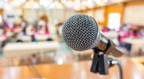 Más de 70 personas inscritas al curso para 'Hablar con eficacia'