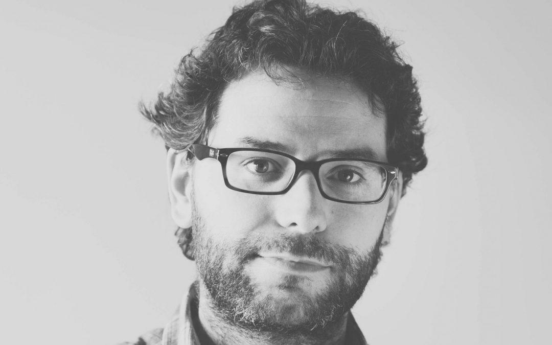 Miguel Ángel González gana el 'VIII Premio de Narrativa Francisco Ayala' con 'Compasión', una historia sobre el miedo a la honestidad