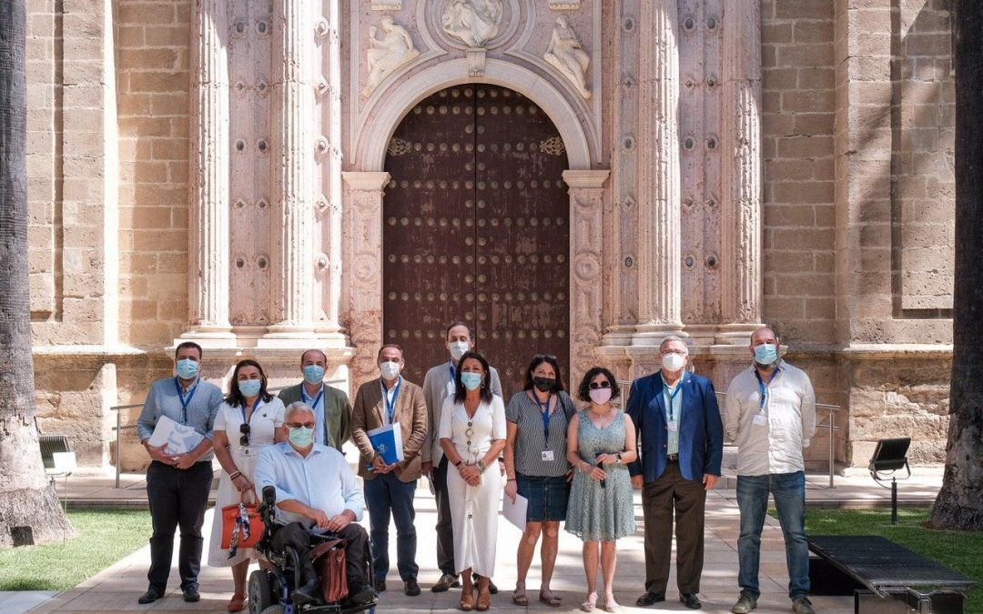Reunión con la Presidenta del Parlamento de Andalucía