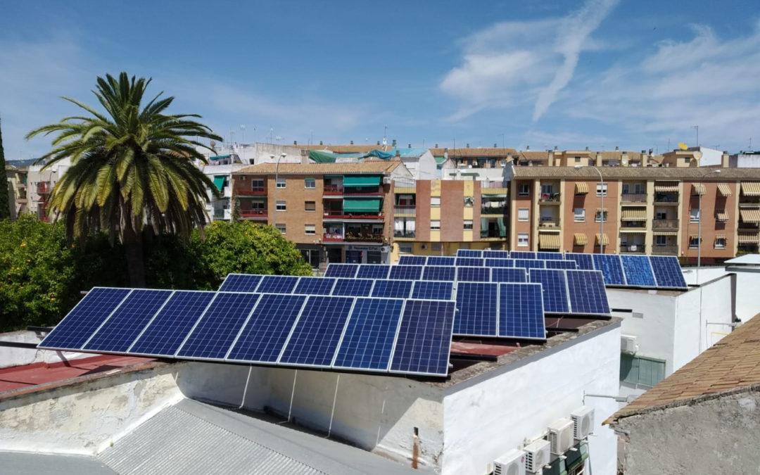 El Banco de Alimentos Medina Azahara de Córdoba ha finalizado la instalación de paneles fotovoltaicos ayudandoa su autoabastecimiento eléctrico