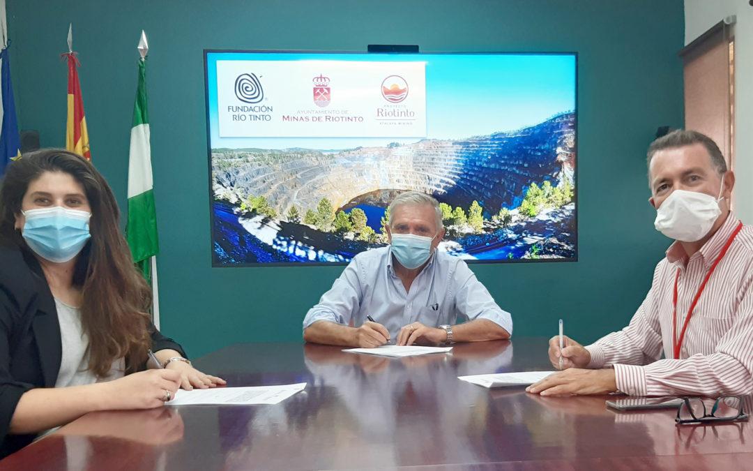 Ayuntamiento de Minas de Riotinto, Fundación Río Tinto y Atalaya acuerdan la apertura de Corta Atalaya al turismo
