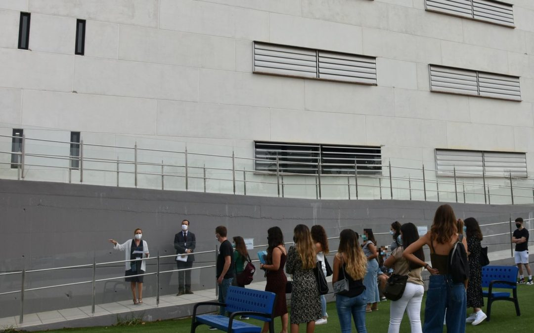 Los alumnos del Centro de Estudios Profesionales CEU Andalucía comienzan sus clases