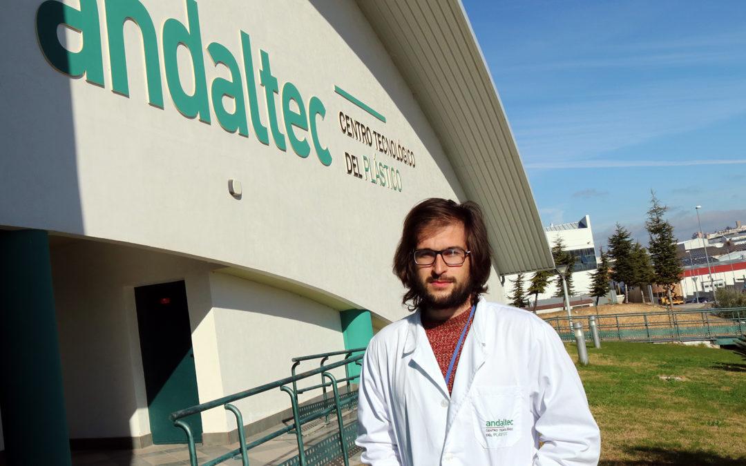 Un investigador de Andaltec desarrolla un sistema para optimizar el proceso de infusión de resina en materiales compuestos reforzados con fibra