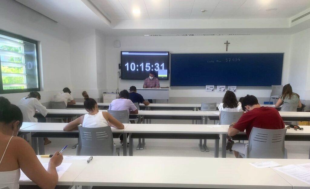 Nuevos cursos de verano intensivos de inglés y francés en CEU Andalucía
