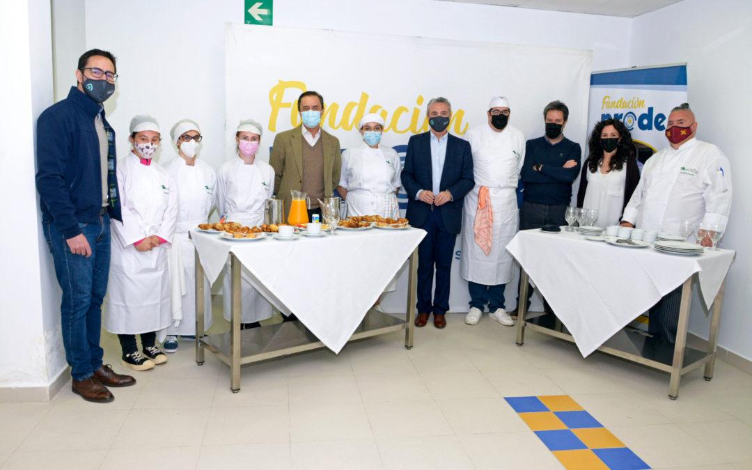 El presidente de COVAP visita la Escuela Profesional de Fundación PRODE