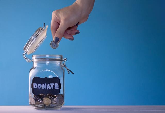 ¿Cómo debe ser la financiación de las ONGs?