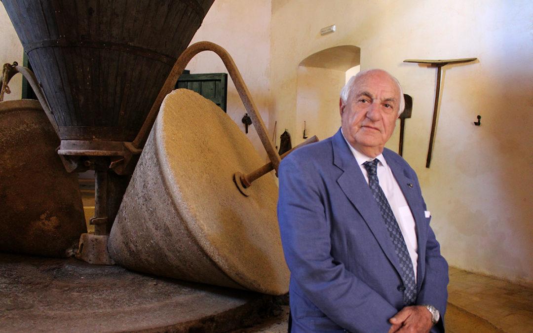 La Fundación Juan Ramón Guillén galardona en la segunda edición de sus premios a Antonio Manuel Conde, Apadrina un Olivo, Manuel Pajarón y Optisolio PC