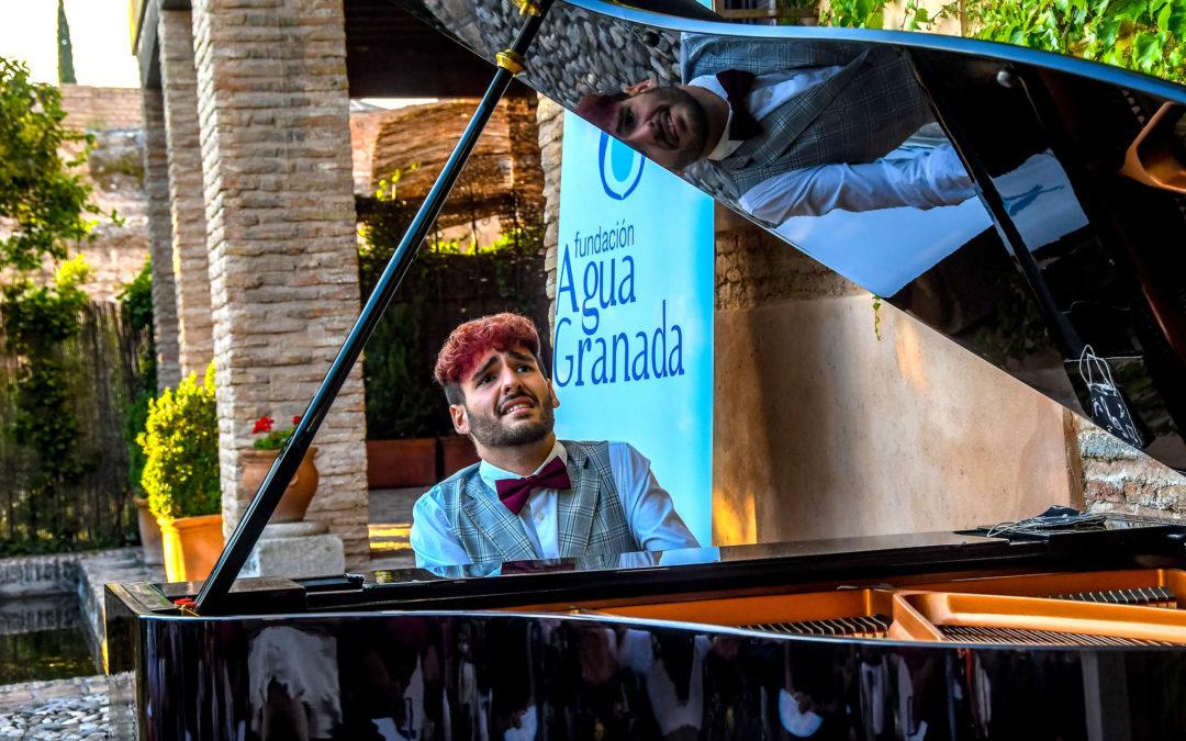 La música de Chopin inunda el Aljibe del Rey con el piano de Raúl Pérez gracias a la Fundación Agua Granada