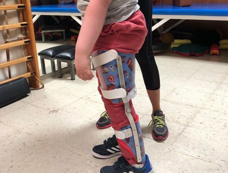 Ayudas ortésicas en menores con Daño Cerebral Adquirido, ¿sí o no?